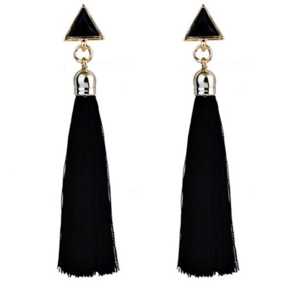 Jewelry - NEW Black Tassle Earrings